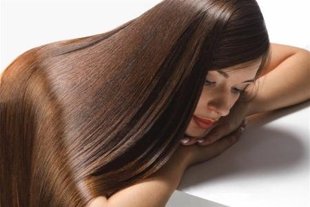 обладательница здоровых волос