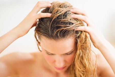 пилинг кожи головы солью для укрепления волос